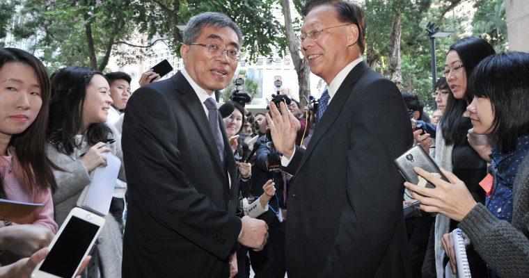 租津醜聞 —— 發展局局長麥齊光十二日下台